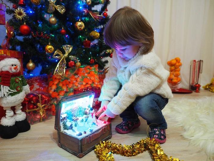 cadourilor pentru copii de Craciun