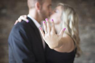 engagement-2268925_960_720