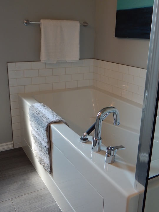 bathtub-890561_960_720