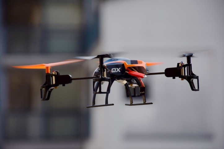 drone-674238_960_720