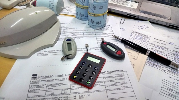 office-515984_960_720