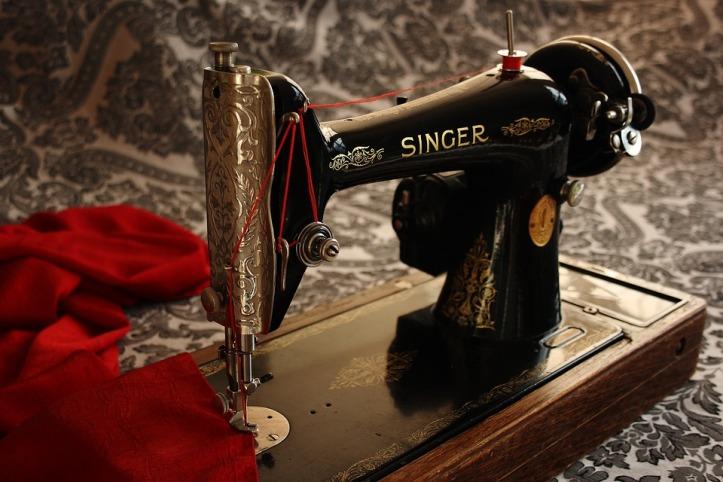 sewing-machine-1806096_960_720