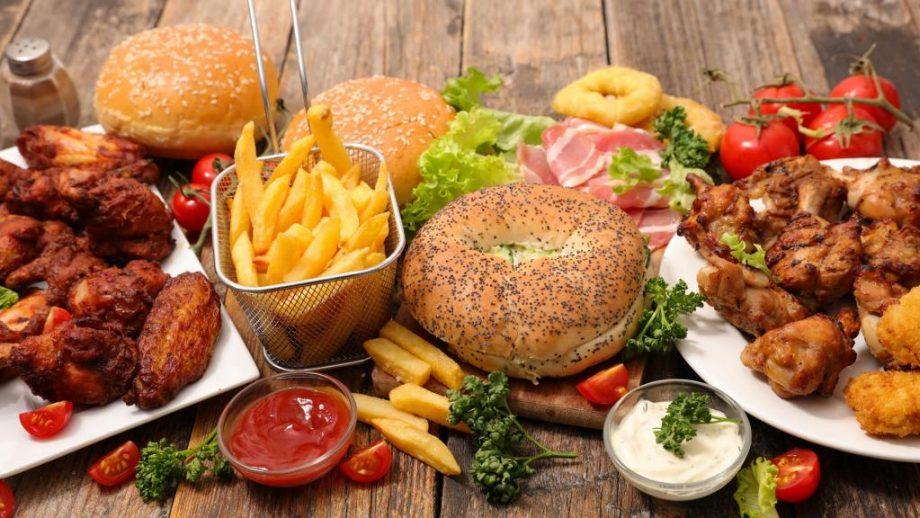 26 iun - blogurici - echipament fast food